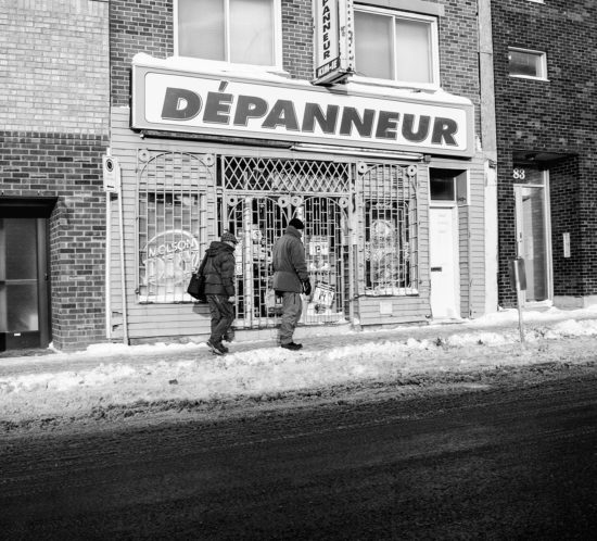 Depanneur - Espace a Louer - Photography Book - Oz Yilmaz